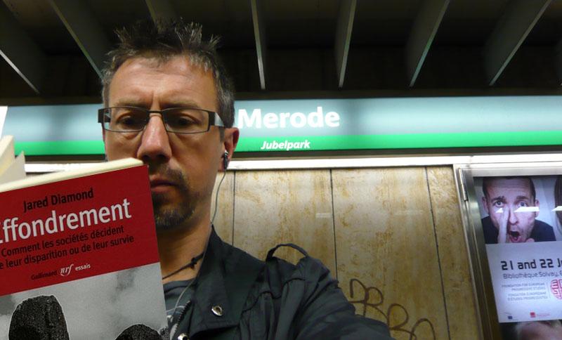 Paul lit Effondrement - station Merode