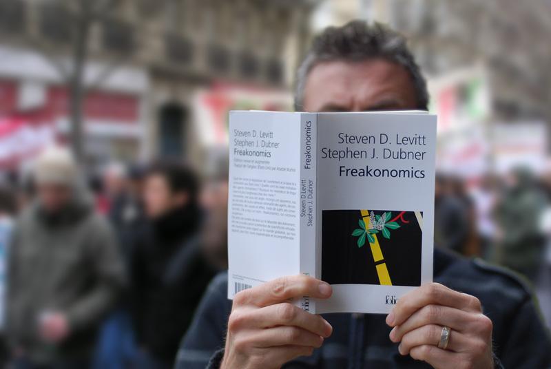 ExtraPaul lit Freakonomics